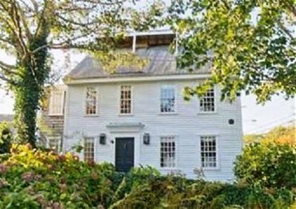 5 Bedroom 5 Bathroom Vacation Rental In Nantucket That Sleeps 10 - Nantucket Island