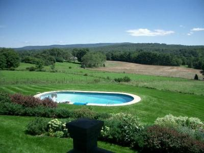 Berkshires: Romantic Cottage With Spectacular View Great Barrington, MA Vacation Rental In The Berks