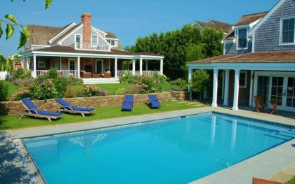 Luxury 8BR 7BA Home, Pool, Guest House Nantucket Island