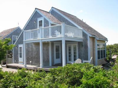 Ocean Views-Immaculate Nantucket Beach Cottage - Nantucket Island