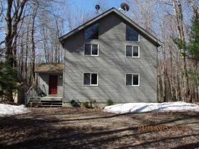 Spacious Wooded Home - Berkshire Vacation Home Rental In Becket, MA