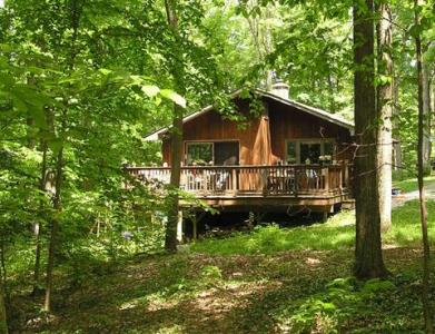 Whitman Woods: Private Berkshire Vacation, 4 Acre, Vacation Home Rental In Hancock, MA - Berkshires