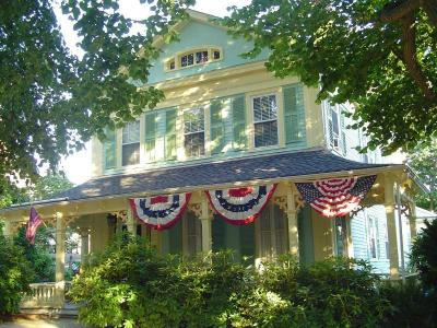 18 CHURCH STREET Bristol, RI Vacation Rental In East Bay Rhode Island Region