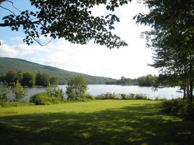 Charming Berkshires Lakefront House, Great Views - Cheshire, MA - The Berkshires