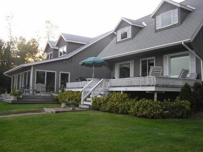 Private Waterfront Home On Lake Champlain With 10 Landscaped Acres - North Hero, VT - Islands & Farm