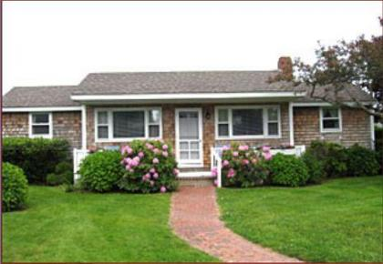 Brant Point Cottage Week Before Labor Day - Nantucket, MA - Nantucket Island