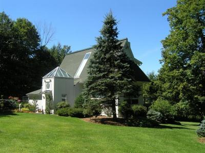 Serenity Stowe: Elegant Modern Home, Pool, Min To Ski - Stowe, VT - Stowe-Smugglers Notch