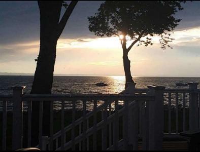 Ocean/Beachfront Close To Newport - Bristol, RI - East Bay
