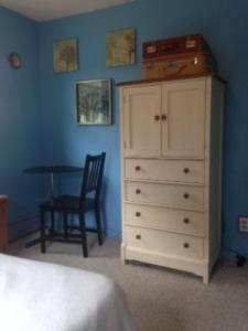 Room With Full Bed For 1 OR 2 Near Philadelphia! - Woodbury, NJ - Delaware River