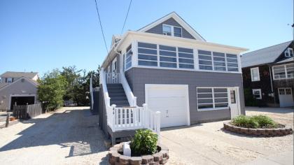 44 10th Avenue (Upper Unit) - Seaside Park, NJ - Shore Region NJ Vacation Rental - Listing #15182
