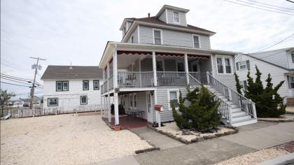 52 North Avenue, Up - Seaside Park, NJ - Shore Region NJ Vacation Rental - Listing #15198