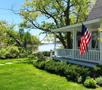 Quintessential Maine cottage In Picturesque Cape Porpoise Village - Kennebunckport, ME - Kennebec &