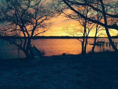 Sag Harbor With Water Views & Perfect Sunsets - Sag Harbor, NY - Long Island - Hampton NY Vacation R