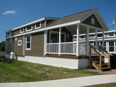 Spectacular Poolside Cottages - Alexandria Bay, NY - Thousand Islands NY Vacation Rental
