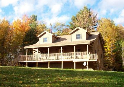 Hilltop View Lodge! Lovely Cabin In The White Mountains - Haverhill - North Haverhill, NH - White Mo