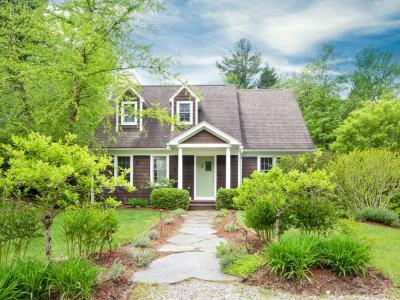 Modern Cottage In The Heart Of The Berkshires! - Stockbridge, MA - Stockbridge MA - Berkshires MA Va