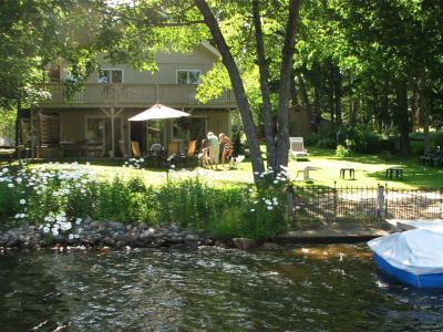 Spacious Lakefront Home In Berkshires: w/Dock, Hammock, Kayaks, Canoe+++ - Becket, MA - Berkshires M