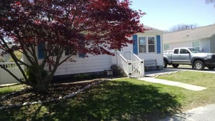 Desirable Town Bank- 2 Blocks To Bay Beach, Pet Friendly, Peaceful Neighborhood - Town Bank, Lower T