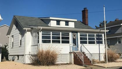 105 Kerr, Front, Lavallette, NJ - Shore Region NJ Vacation Rental - Listing #16083