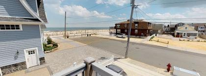 1 Washington Avenue, Up, Lavallette, NJ - Shore Region NJ Vacation Rental - Listing #16142