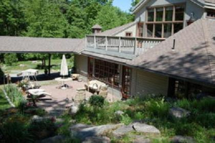 Luxury Home In Scenic Wooded Area With Private Lake, Sleeps 16 - Otis, MA - Berkshires MA Vacation R